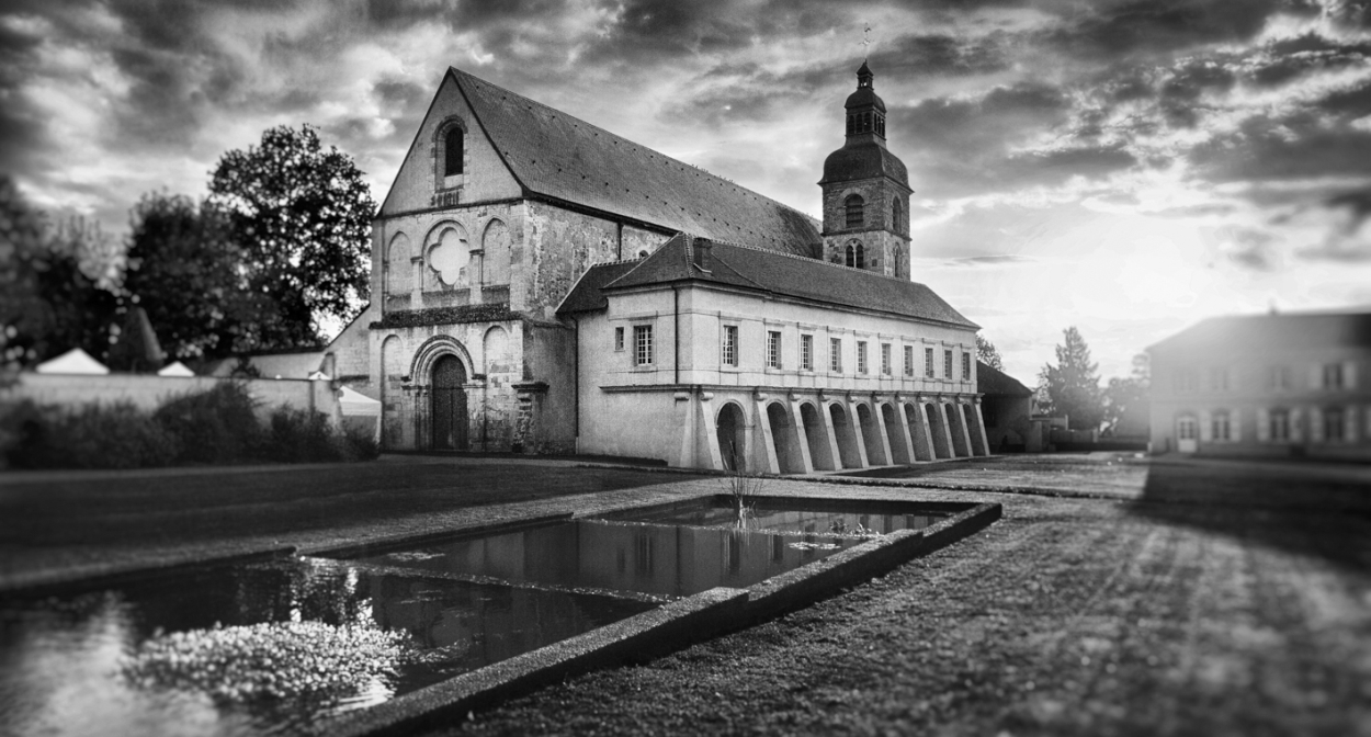 Abbaye_Black and White ©Charles LAFON