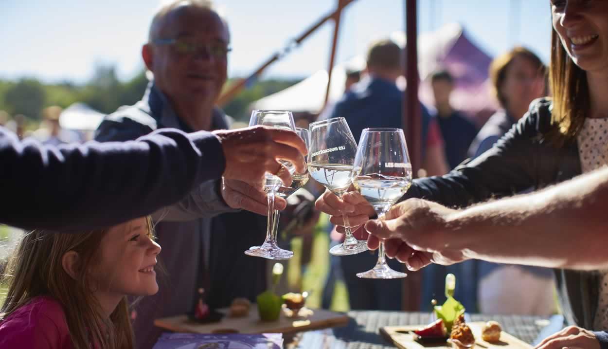 Food and wine pairing, les Muscadetours, Pays de la Loire © Office de tourisme du Vignoble de Nantes / Fred Radideau – Look-Food
