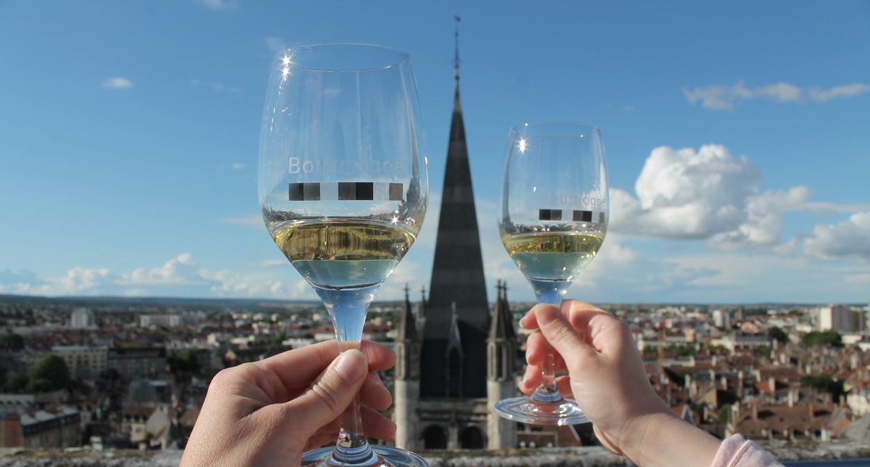 Bourgogne's wines from the Philippe le Bon tower © Office de Tourisme de Dijon