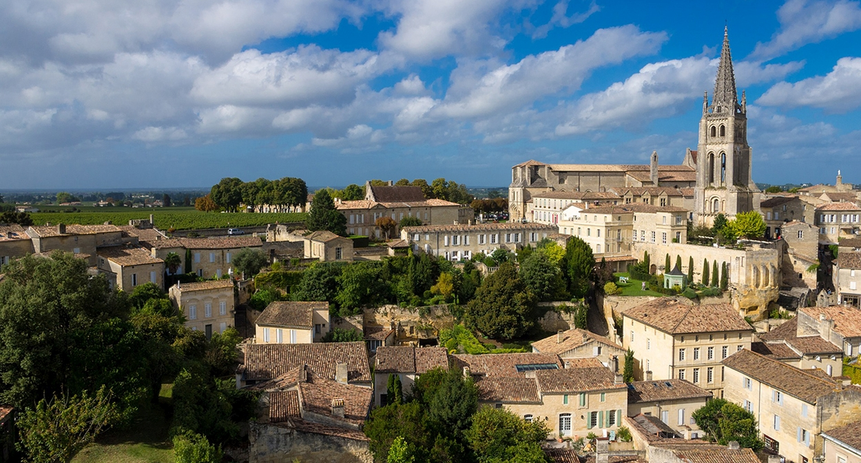 From Bordeaux to St-Emilion © Jordy Meow