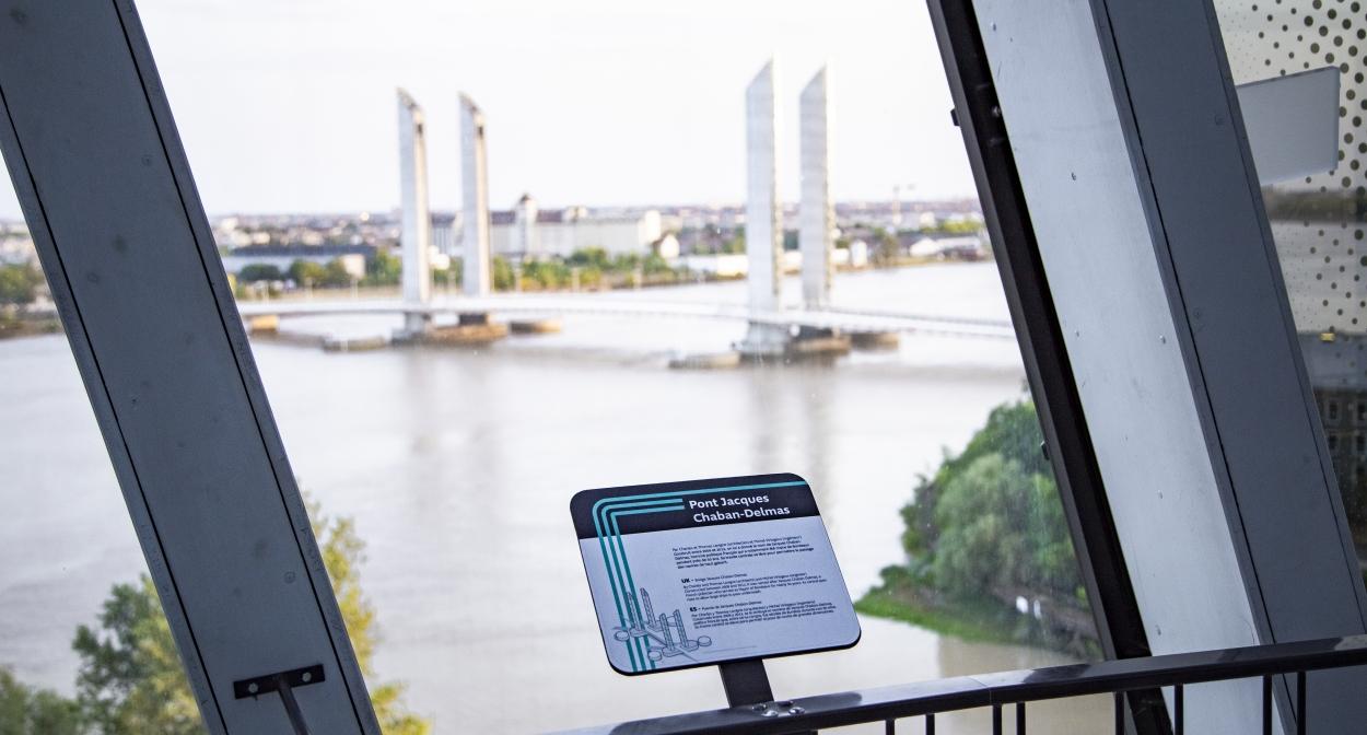 Vue sur Bordeaux depuis le Belvédère de la Cité du Vin © Tony Daoulas/Cité du Vin/XTU architects