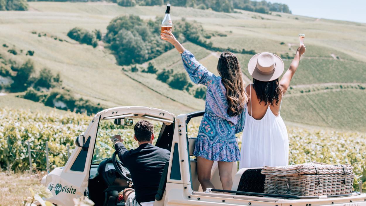 Champagne_Ay eco visite_France ©Tourdelust