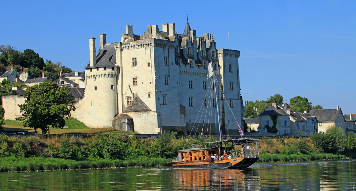 Boat trip on the Loire and wine tasting