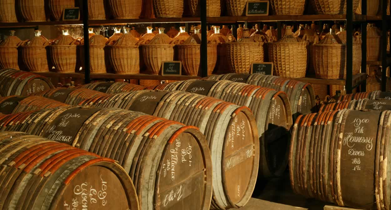 Explore the world of cognac at Château de Mirambeau © Relais & Châteaux