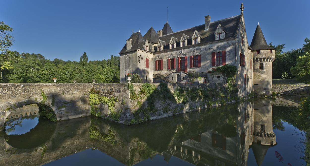 Château Olivier©fpoincet@occitmedia.com;Château Olivier