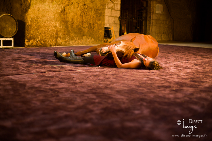 Spectacle équestre Cheval en Caves Ackerman ©Izia Le Goff