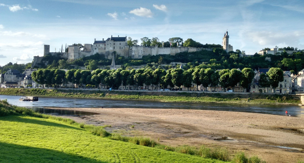La Forteresse de Chinon et la Vienne © C. Decure- CRT Centre Val de Loire