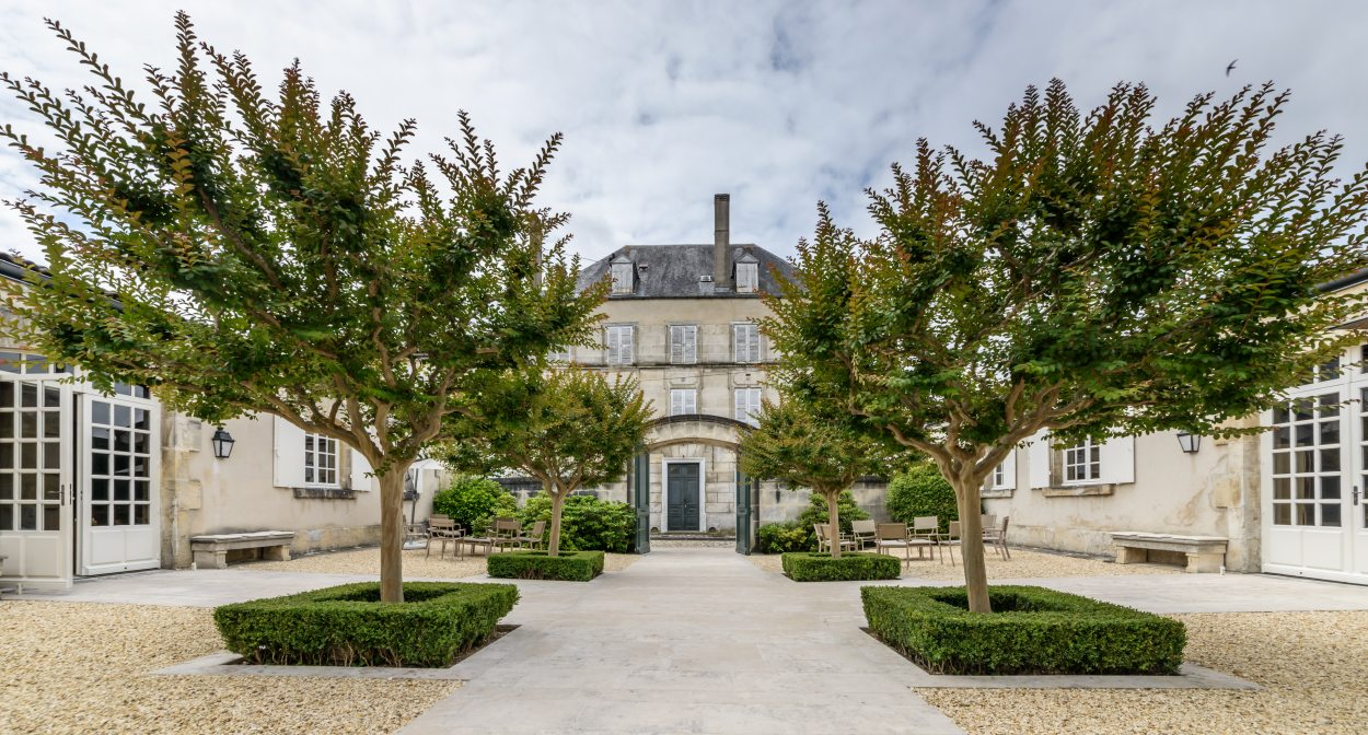 The private club at the Rémy Martin cognac house ©Rémy Martin_Stéphane CHARBEAU