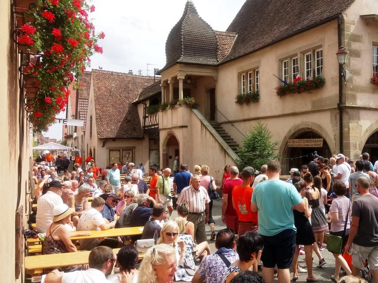 Fête du Vin de Mittelbergheim_Alsace ©OT Pays de Barr