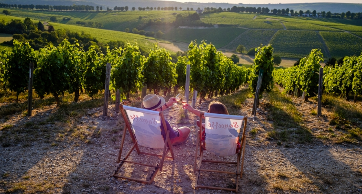 It's Wine Time at the heart of Sancerre vineyards © Photo Pierre Mérat
