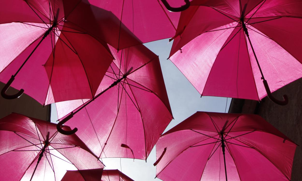 Installation parapluies Just Rosé