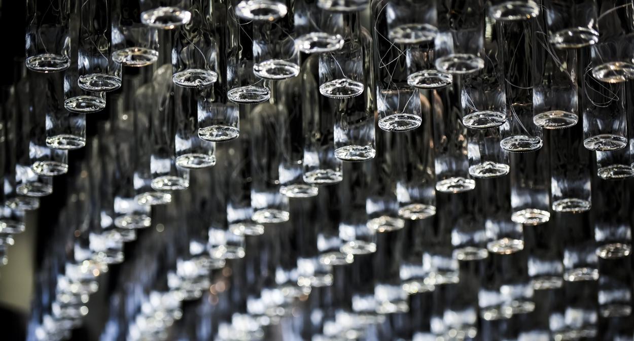 Dégustation de vins du monde à Bordeaux ©Anaka /Cité du Vin /XTU architects