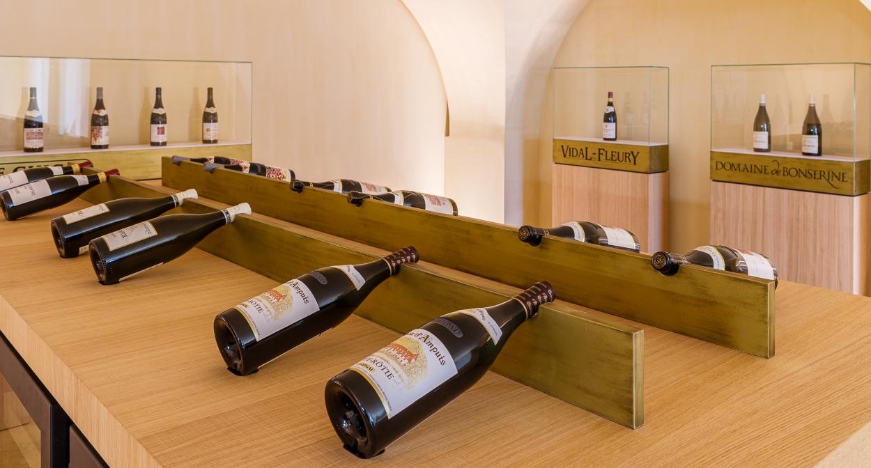 Les Trésors: exceptional wines and plot selections © Chalaye photographie pour Le Caveau du Château