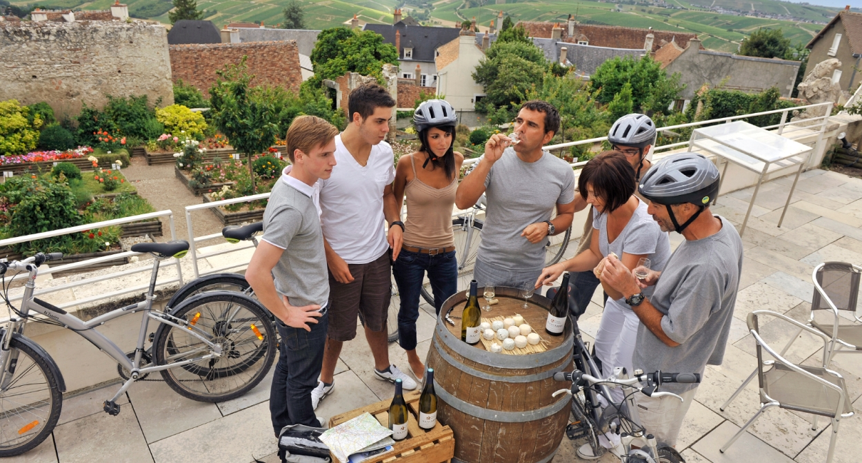 Wine tourism in Sancerre, Lore Valley vineyard ©CJ Damase