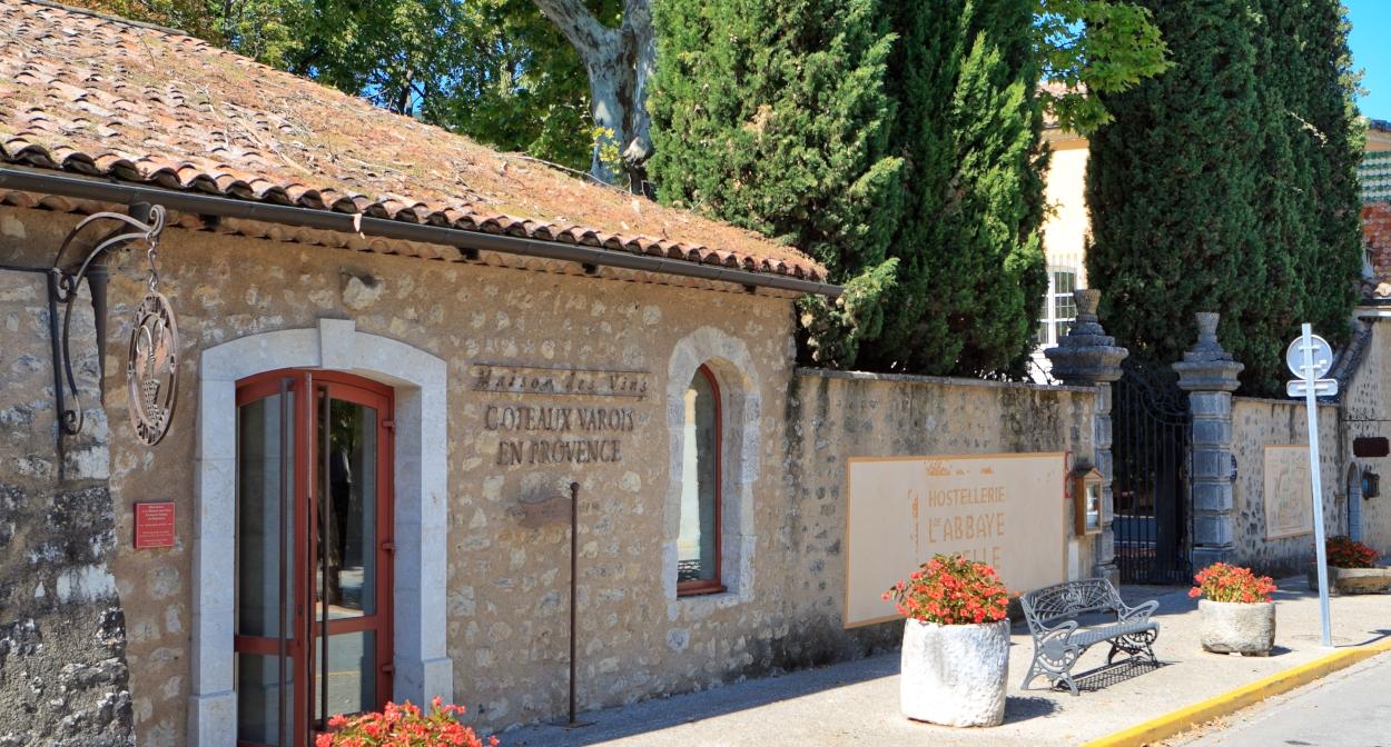 Maison des vins Coteaux Varois en Provence © Hervé Fabre
