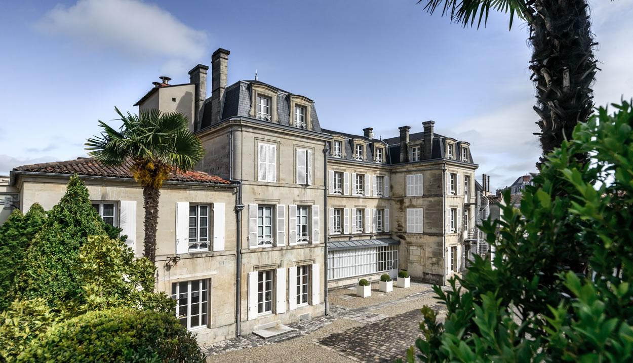 Maison Rémy Martin_Cour d'honneur, Cognac © Maison Rémy Martin