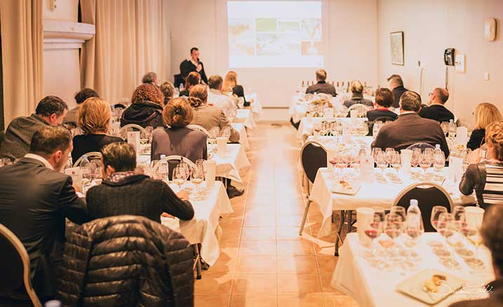 master class in tasting the famous wines of Gérard Bertrand languedoc pruning festival chateau l'hospitalet ©Sofiane Zaidi