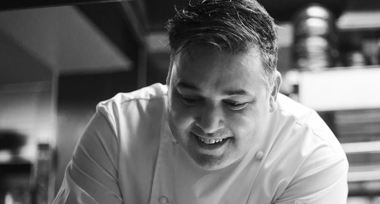 Mathias DANDINE : un chef étoilé aux commandes des cuisines du Saint-Estève, vignoble de Provence © JP Garabedian0762
