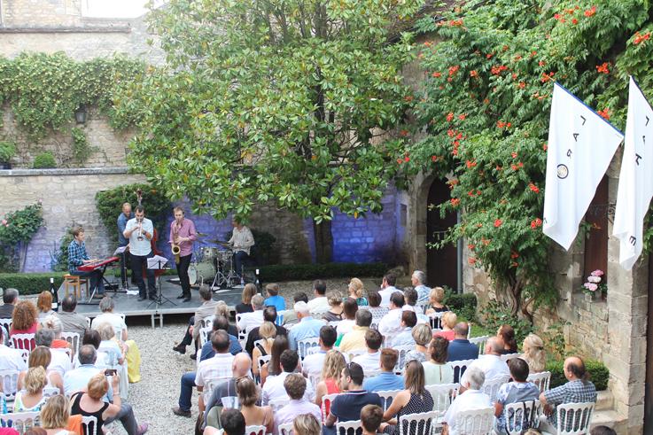 Nuit de l'obédiencerie Chablis vins de Bourgogne concert Laroche ©DR