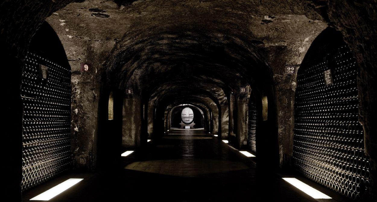 Réceptions dans les caves Moët & Chandon