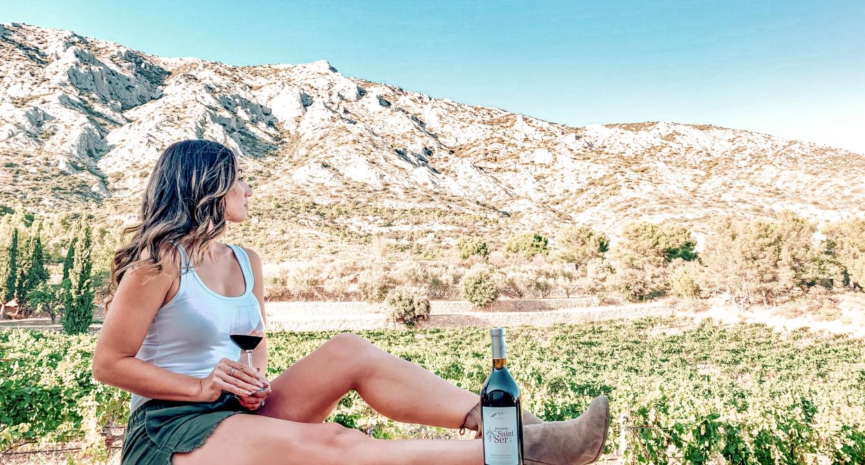 Montagne Sainte-Victoire, Provence vineyard ©Grapechic