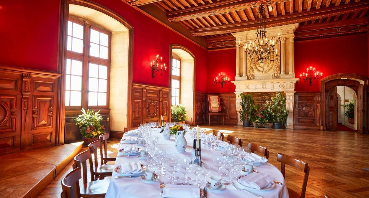 Oenotourisme d'affaires et événements privés au Château du Clos de Vougeot ©S. Chapuis - Terre de Vins
