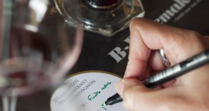 Atelier assemblage de vin B winemaker chez Bernard Magrez Bordeaux