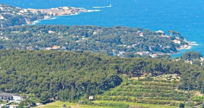 The coastline of Provence Sud Sainte-Baume © cassb