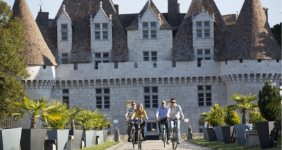 Chateau de Monbazillac wine and discovery stay in bergerac tourism ©Saison d'Or