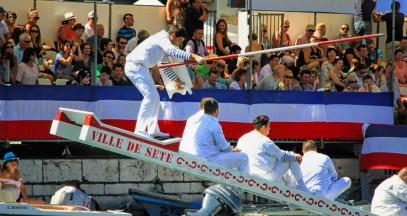 Fête Saint Louis à Sète joute nautique et vins de pays d'Oc ©DR