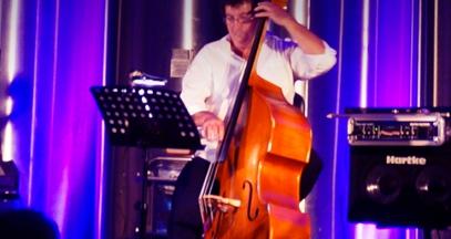 Concert jazz et dégustation de vin dans le vignoble Bergerac Périgord ©Jazz en chais