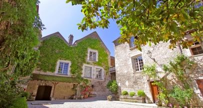 Obédiencerie de Chablis Bourgogne Advini séjour hotel de charme domaine Laroche ©DR