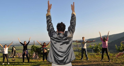 Qi Gong in the vineyards of Alsace ©OT Kaysersberg