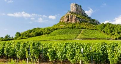 Roche de Solutré, vineyard of Bourgogne, Southern Burgundy © Richard Semik