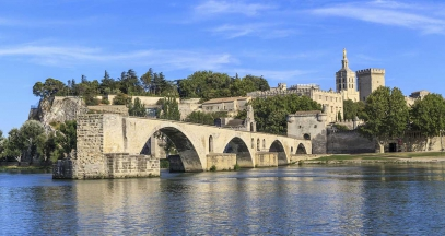 Provence wine and vineyard route Avignon ©relais et chateaux