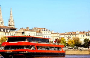 boat trip on the Garonne winetourism bordeaux @All rights reserved