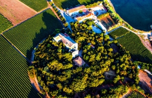 Maguelone Cathedral from the air © 3M