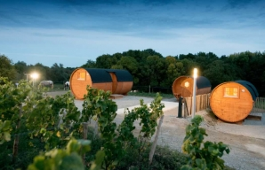 A night in a wooden wine vat © Vignoble Marchais