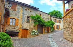 Chemin des vignes à Moire Beaujolais des Pierres Dorees © Daniel Gillet Inter Beaujolais