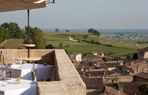 Hostellerie de Plaisance relais chateaux saint emilion wine tourism fine food bordeaux ©Jérôme Mondière
