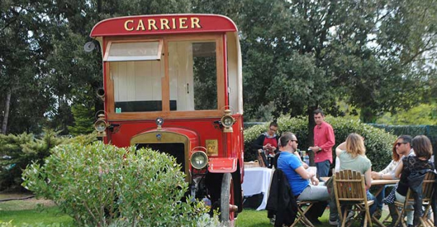 Food Truck festival at chateau de berne street food wine or provence ©All rights reserved