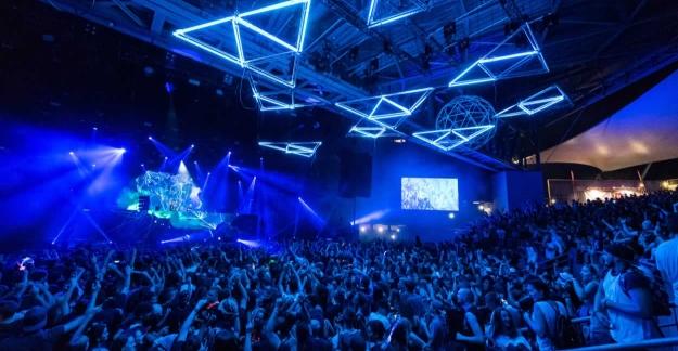 The festival stage©Benoit Facchi