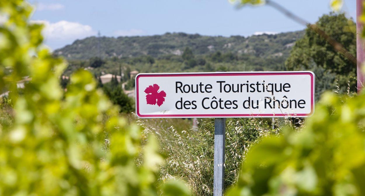 L 39 itin raire de jeanine les plus belles destinations dans les vignobles de france le portail - L amuse bouche avignon ...