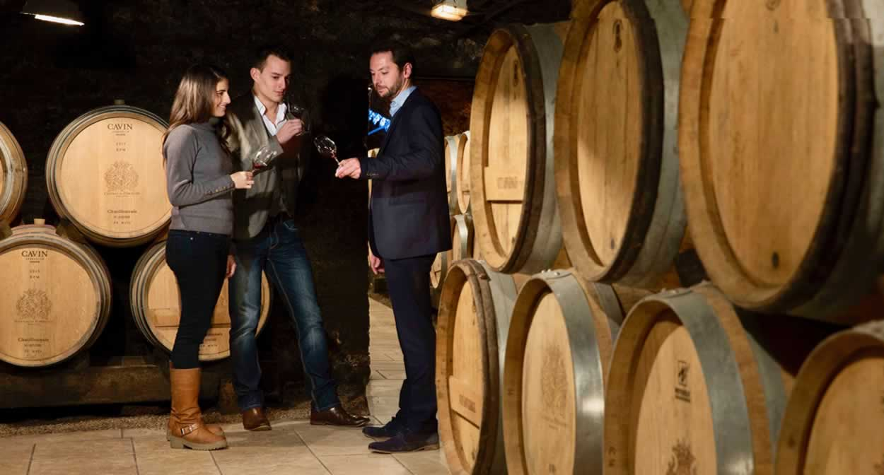 Taste wine like you've never tasted it before with the Sommelier Experience © Château de Pommard